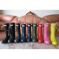 Wholesale Hunter Rain Boots Glossy Red - Short 2017Hunter Boots Women Wellies Rainboots Ms. Glossy Hunter Wellington Rain Boots Wellington Boots Cold-resistant Comfortable Shoes