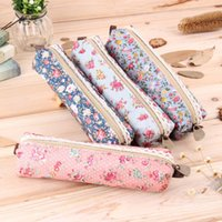 Wholesale girl s purses - Wholesale- Fashionable Design Girls Flower Lace Floral Dot Pencil Case Pen Bag Purse Cosmetic Makeup Pouch Bags Zipper Pouch Purse New