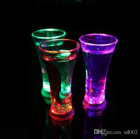 Wholesale Lighted Led Drinking Glasses - Luminous Beer Cup High Brightness Glass Water Lights Colorful LED Drinking Cups Party Night Bar Mugs Valentine Gift 6 4jc F