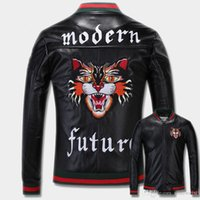 Wholesale Preppy Mens Clothes - Mens designer Windbreaker New 2017-2018 Fashion Tiger Embroidery Bomber Jacket Men's PU Leather Motorcycle Pilot Jackets Clothing