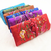Wholesale Wholesale Silk Jewelry Roll - Multifunction Embroidery Flower Bird Jewelry Travel Roll Up Bag Storage Pack Cotton Filled Silk Fabric Comestic Makeup Packaging Pouch