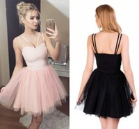 Nette rosa Tulle Short Heimkehr Kleider Sweetheart Spaghetti Satin Backless Schwarz Red Prom Kleider Billig Party Kleider