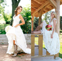 Wholesale Champagne Graden Wedding - Vintage Simple Country Style Full Lace Wedding Dresses 2016 V Neck Short Capped Sleeve Summer Graden Boho Cheap Bridal Gowns