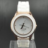 Wholesale Hot Silicone Fashion Watches - Hot Fashion women Girls Silicone strap quartz wrist watch