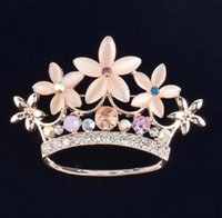 Wholesale Metal Auger - New fashion Europea Set auger crown metal brooches Noble temperament women coat cute brooches bride dress brooches Christmas gift ZXX48