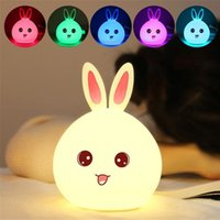 Atacado- Novo estilo Rabbit LED Night Light para crianças Baby Kids Headside Lamp Multicolor Silicone Touch Sensor Tap Control Nightlight