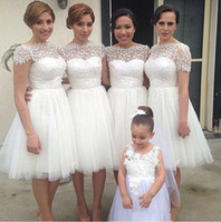 Wholesale tulle dresses resale online - 2016 New White Short Bridesmaid Dresses Bateau Neck Tulle Knee Length Lace Appliques D Floral Plus Size Maid of Honor Bridal Party Gowns