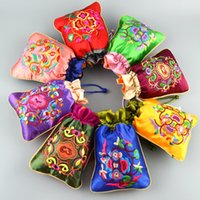 Wholesale Ethnic Craft Gift - Patchwork Ethnic Small Craft Gift Bag Fine Embroidered Wedding Favor Bags Chinese style Satin Reusable Lavender Sachet Bags Wholesale