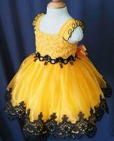 vestidos de menina de flor de criança pequena venda por atacado-U neck lace amarelo arco feito à mão meninas de flor organza beads cupcake little girls pageant vestidos crianças criança glitz prom infantil vestidos de baile