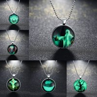Mode Fluorescent Vert Femmes Hommes Série de Halloween Collier Exquise Pendentif Locket Bijoux Cadeaux Glowing Jewelry Luminous Necklace