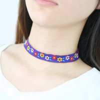 Bohemian Style Handmade Embroidered Statement Necklace Vintage Flores Padrão Choker Colar Ethnic Style Wide Lace Necklace Presentes das mulheres
