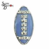 Mais novos 12pcs / lot rhinestone crystal Light Blue Rugby Ball Snap Button encantos Snaps interchangeáveis ​​se encaixa snap botão pulseira SB387