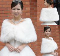 diamantes de imitación al por mayor-Envío gratis nuevo estilo de imitación de piel sintética chal de moda hebilla de diamante suave chales nupcial envuelve chaquetas accesorios de boda shuoshuo6588