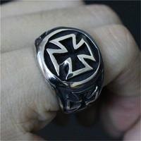 ingrosso disegni anelli freschi per gli uomini-5pcs / lot taglia 7-13 Jesus Cross Cool Ring acciaio inossidabile 316L gioielli moda uomo ragazzo Biker Persona Design Croce Anello