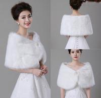 Wholesale Winter Coats Quality Cheap - Cheap Bolero White Wedding Accessories High Quality Faux Fur Wedding Bolero Wedding Jackets Winter Warm Coats Bride Wedding Coat