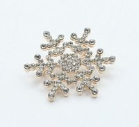 Wholesale Cheapest Fashion Jewelry Wholesale - The Cheapest Brooch Christmas Gift Snowflakes Brooch Scarves Buckle Amphibious Fashion Accessories Brooch Pin Flowers for Women 's Jewelry