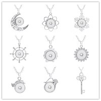 Wholesale Key Ring Chain Link - Snap Buttons Jewelry Key Moon Snowflake Ring Pendant Necklace With Charm Chain Necklace Fit 18 20mm Snaps Necklace Jewelry Women ZG008
