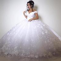 vestido de verão de renda branco venda por atacado-Lace branco vestido de baile vestidos de casamento 2017 fora do ombro Lace Up Voltar Appliqued vestidos de noiva personalizado primavera verão vestidos de casamento