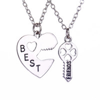 Wholesale Heart Pendents Wholesale - 2016 Fashion New Style Peach Heart Key Pendents Carved Best Friends Combination Necklace Set Brothers Girlfriends Gifts Drop ShippZJ-0903258