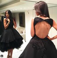 платья для выпускного в юбке оптовых-Sexy Backless Little Black Homecoming Dresses A Line Jewel Neck бисером High Low Пром платья для вечеринок выпускные платья для юниоров