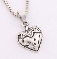Wholesale Silver Leafs Wholesale - 20pcs lot Antique Silver Strawberry With Leaf Pendant Necklaces 24 inches Chains N930 14.5x19.8mm