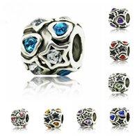 bracelet en cristal blanc achat en gros de-Perle Charme Creux Fleur Blanche avec des Perles de Cristal Bleu Fit Femmes Charme Bracelet Bracelet DIY Bijoux Perles