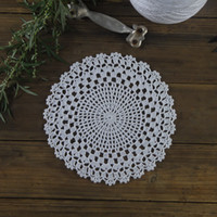 Wholesale Doilies Tablecloth - Wholesale- Vintage Handmade Crocheted Doilies round patterns Placemats napkins Dial plate pad tablecloth 20pcs lot Physical picture 100%