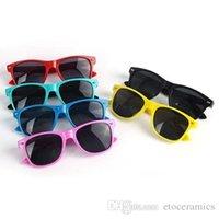 sevimli erkek güneş gözlüğü toptan satış-Çocuk Çocuk Boys Retro Tarzı UV400 Sevimli spor Güneş Gözlüğü Siyah (Yaş 4-10) Fabrika Fiyat mix differnt renkler FREESHIPPING