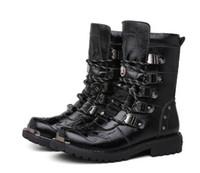 low heel kampfstiefel großhandel-Retro Combat Boots Winter Plüsch Britischen Stil Leder Militärstiefel Gürtelschnalle Charme Low Heels Lace Up Männer Stiefel