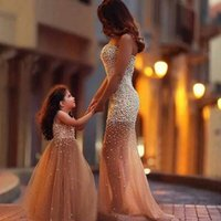 Wholesale Luxury Crystal Light Wholesale - 2017 Mother Daughter Dresses Luxury Crystals Party Dress Mermaid Sweetheart Sleeveless Champagne V Neck Sleeveless Girls Dress