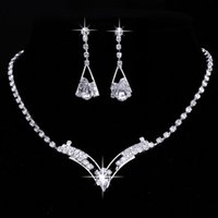 Wholesale Jewelrys Sets - 2016 Fashion Silver Plated Crystal Wedding Bridal Bridesmaid Jewelry Sets Alloy Necklace Earrings Jewelrys For Women
