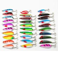 isca spinner toptan satış-30 adet / grup Balıkçılık Cazibesi kiti / set Karışık renk / Boyut / Ağırlık // Dalış derinliği Metal Kaşık Spinner Cazibesi olta takımı isca yapay