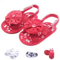 Wholesale flower shoes for babies - Cute Baby Sandals for Girls Big Flower on Cotton Fabric Upper Floral Embroidered on Anti-slip Soft Sole Infant Walking Shoes