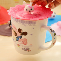 Vente en gros - Anti-poussière Round Bottle Cup Mug Cover Lovely Fruit fraise lapin ours Shape Soft Silicone Bouteille Cup Lid Accueil kithen tools