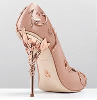 розовые вечерние туфли оптовых-Ральф Руссо розовый / золотой / бордовый Удобная дизайнерская свадебная свадебная обувь Шелковые туфли на каблуках для свадебных вечеринок