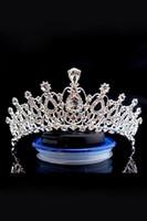 ingrosso fasce di festa di nozze-Cristalli di lusso sposa Corona economici ma di alta qualità in rilievo Sparkle Royal Wedding Corone di cristallo Veil fascia accessori dei capelli del partito CPA790