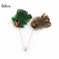 Wholesale Jewelry Made Feathers - BoYuTe 5Pcs Hand Made Feather Lapel Pin Fashion Wedding Men Brooch Jewelry 6 Colors Christmas Ornament