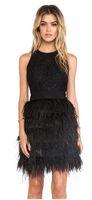 kısa siyah dantel tüy elbiseleri toptan satış-2019 Seksi Küçük Siyah Tüy Dantel Elbiseler Kısa Kokteyl Parti Moda Jewel Boyun Gelinlik Modelleri Mini Siyah Kızlar Örgün Mezuniyet Törenlerinde