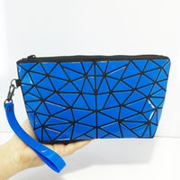 Wholesale Irregular Pattern - New Fashion irregular triangle creative geometric fold Lingge modeling women Folding clutch stone pattern woman mini mobile phone bag
