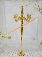 ingrosso portacandele per matrimoni-Candelabri decorativi in metallo placcato oro dorato alto 4 piedi per decorazioni per feste di matrimonio, supporto per candeliere