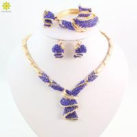 grandes conjuntos de jóias traje de ouro venda por atacado-Moda de Alta Qualidade Casamento Nigeriano Beads Africanos Conjuntos de Jóias de Cristal Azul Dubai Banhado A Ouro Grande Conjuntos de Jóias Traje