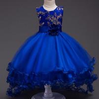 vestidos de fiesta reales para niños al por mayor-2017 Nuevo Elegante Royal Blue Champagne Flor Flor Vestidos de Princesa Vestido de Bola Cuello Redondo Niños Primera Comunión Fiesta de Cumpleaños MC1049