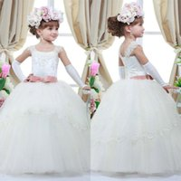 Wholesale little girls special occasion dresses - 2018 Cheap White Flower Girls Dresses for Weddings Pink Bow Sash Lace Appliqued Little Girl Dresses Special Occasion Gowns