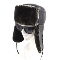 22f3ff65e432 Cappelli bomber invernali in pelliccia di cotone nero per uomo Outdoor  Cappelli in pelle peluche addormentato caldo con paraorecchie Cappelli da  trapper ...