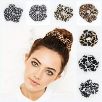 Women Fashion Leopard Print Polyester Velvet Hair Scrunchie Band Loop Tie Donut Ponytail Holder Accessoires pour cheveux