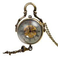 Wholesale Victorian Pocket Watch Pendant - Special Gift- Steampunk Pocket Watches Necklace-Victorian Glass Ball Shell Hand-Winding Mechanical Bronze Watches Pendant