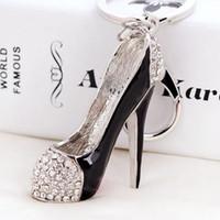 nouveauté chaussures à talons hauts achat en gros de-3D chaussures clés porte-clés nouveauté talon haut chaussure porte-clés sac à main charms strass décor sandale porte-clés bijoux cadeaux