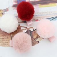 beyaz pembe saç toptan satış-Toptan Butik 20 adet Moda Sevimli Kürk Pom Pom Tokalar Katı Kawaii Topu Saç Klipler Headware Saç Aksesuarları Kırmızı Pembe Koyu Pembe Beyaz