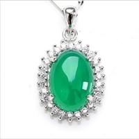 yeşim oval toptan satış-Yeni 925 Gümüş Kakma Doğal Kalsedon Kolye Moda Yeşil Oval Kolye Yeşim Takı Kadınlar Ücretsiz Nakliye Için