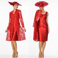 longueur de thé automne robes de mariée mère achat en gros de-Gaine rouge mère de la mariée robes à longue dentelle veste décolleté scoop mère porter longueur genou robe de soirée